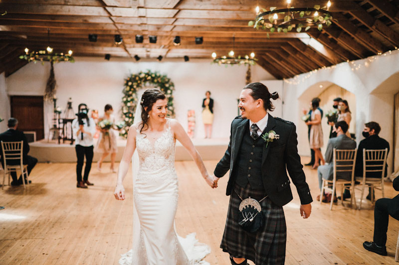 Rustic and Roses Florist Wedding